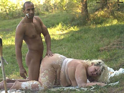 Mature Plumper Enjoys Nasty outside Banging